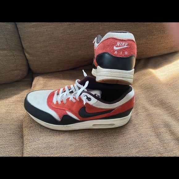 Size 1 Nike Air Max 88 | Poshmark